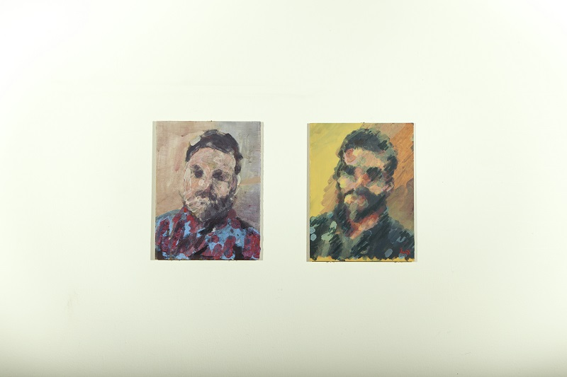 מימין, ציור עם מערכת הפיידבק הויזואלי והתערבות של של האמנית ליאת גרייבר. משמאל צויר ללא מערכת הפיידבק הויזואלי, תוך עבודה אינטראקטיבית עם המחשב