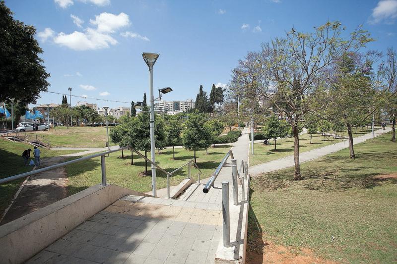 גן המייסדים ברחובות (צילום: ג'ני גפטרשוסטר)
