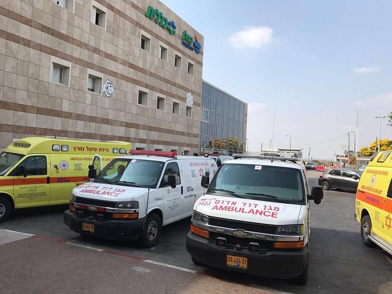 אמבולנסים (צילום: אופיר לוי, בית החולים קפלן)