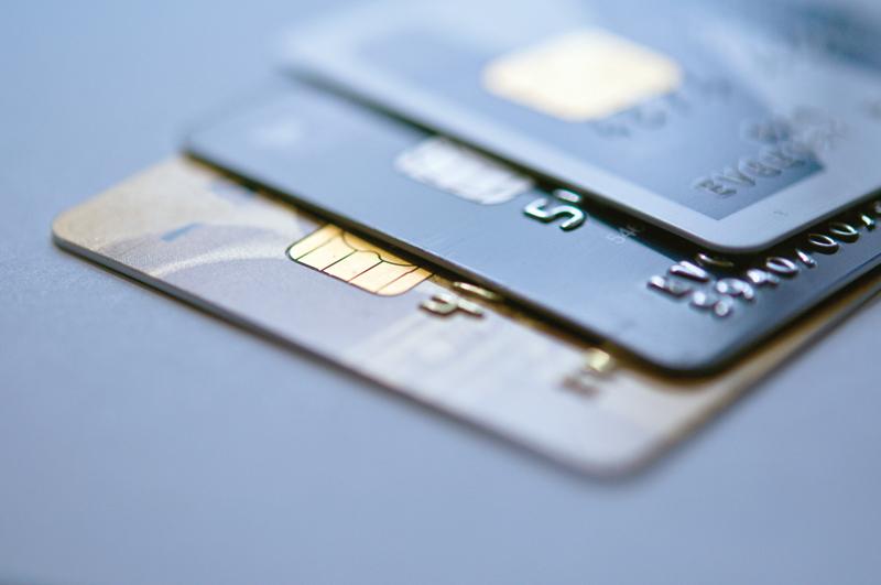 כרטיסי אשראי (צילום: א.ס.א.פ קריאייטיב / INGIMAGE)