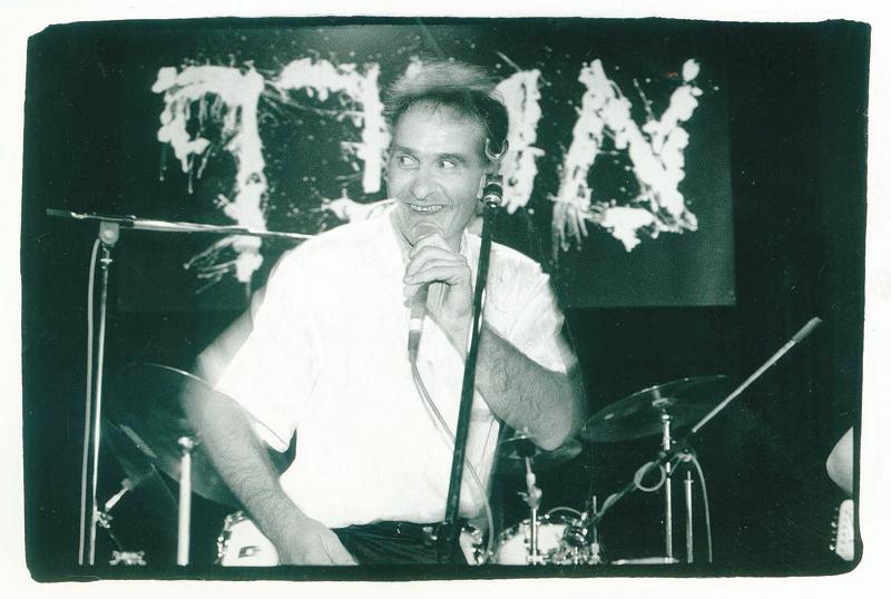רובן סלמון, סולן להקת אטרף (צילום: טלי שני)