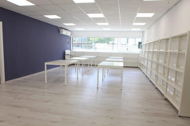 הספרייה הלבנה החדשה בבית הספר בן צבי (צילום: אולפני רחובות)