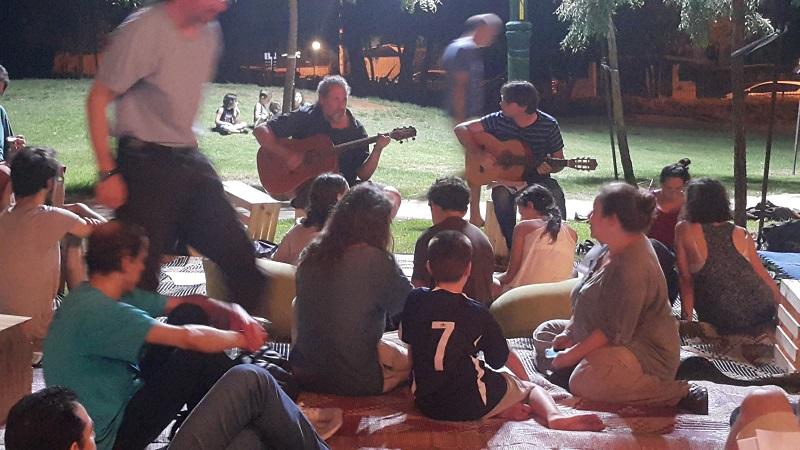 ערב שירי מאיר אריאל בגן הבנים