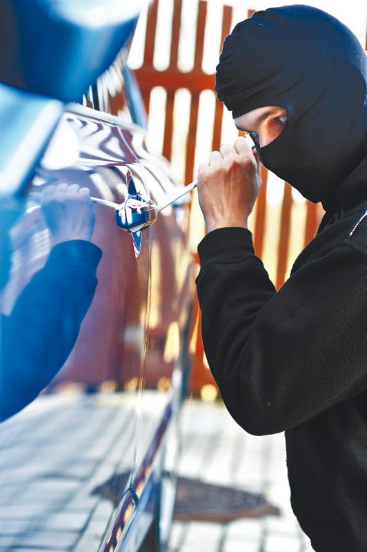 פורץ גנב שודד (צילום אילוסטרציה: ASAP/INGIMAGE)