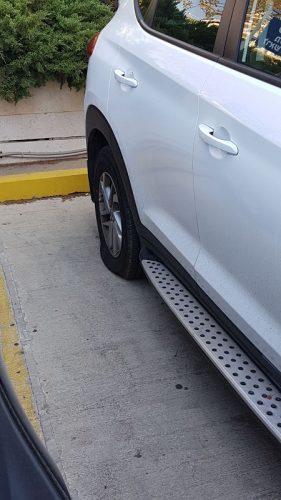 רכבו של זוהר בלום ללא האוויר בגלגלים