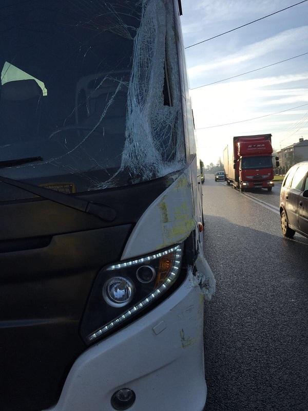 האוטובוסים של משלחת דה שליט לפולין לאחר התאונה