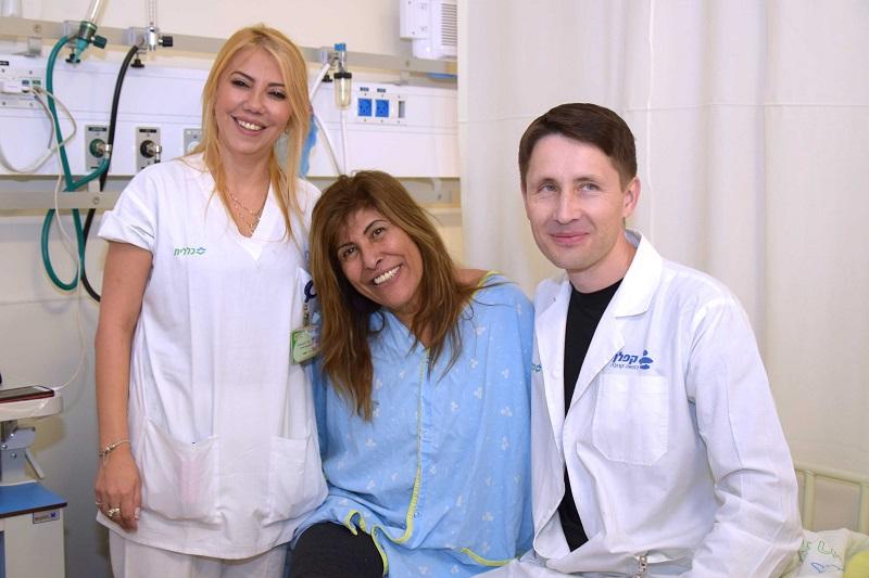 מרגלית ניסים וצוות מחלקת נוירולוגיה בקפלן (צילום: אפרת שררה, בית חולים קפלן)