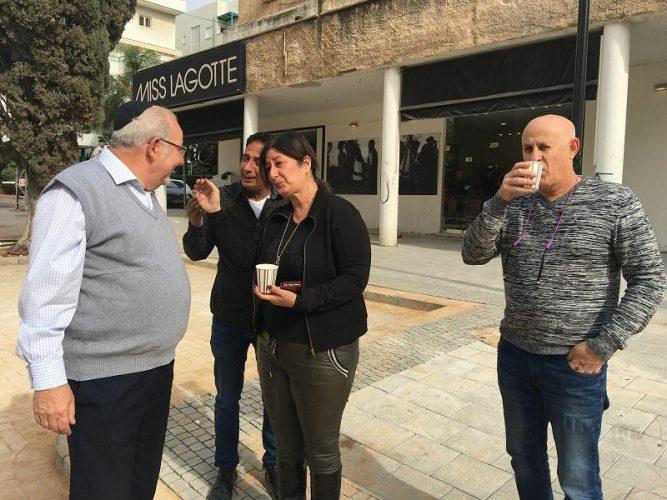 רחמים מלול במפגש עם תושבי רחוב אחד העם