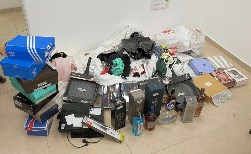 חלק מהרכוש הגנוב שנתפס (צילום: דוברות המשטרה)