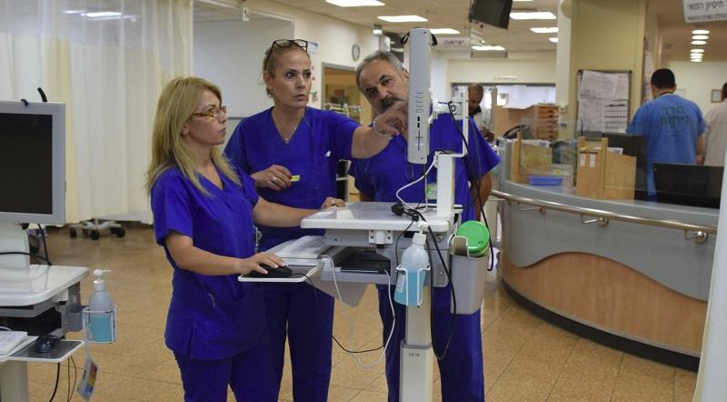 צוות חדר המיון בקפלן (צילום: אפרת שררה, בית החולים קפלן)