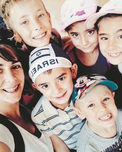 אלישבע קמפלר והילדים
