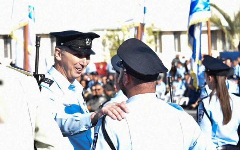 ניצב עמי אשד במהלך טקס חילפוי המפקדים (צילום: דוברות המשטרה)