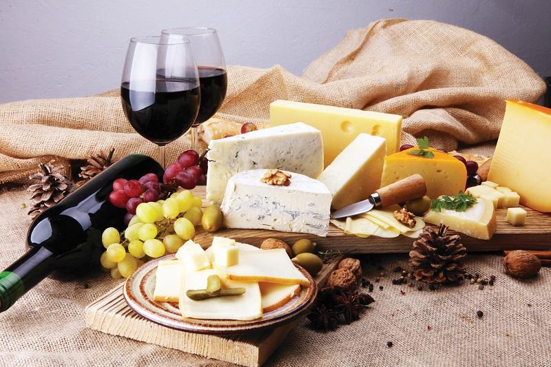 """גבינות ויין (צילום: יח""""צ)"""
