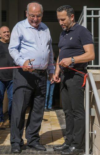 """רחמים מלול ואלדד פרי בפרויקט הפלמ""""ח ברחובות (צילום: יובל אסף)"""