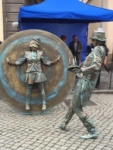 """פסל רחוב מפורטוגל (צילום: יח""""צ)"""