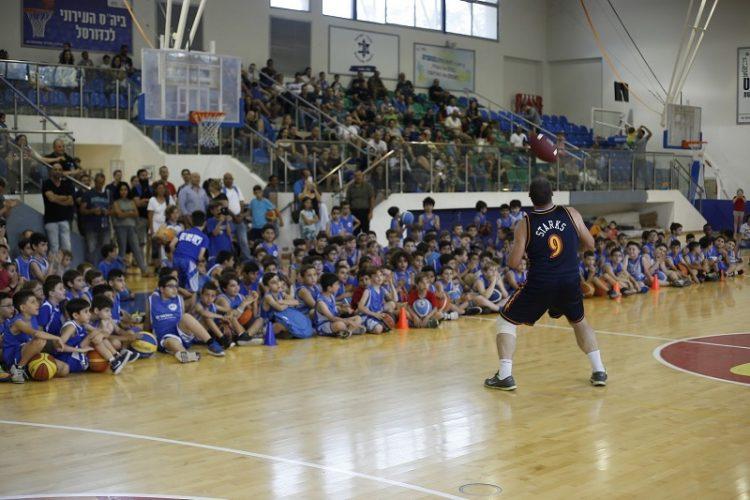 הפנינג סיום עונת הכדורסל במכבי עירוני רחובות (צילום: אולפני רחובות