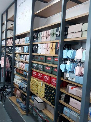 רשת קסימיווג הסינית במתחם עופר בילו סנטר (צילום: ליה אפטר)