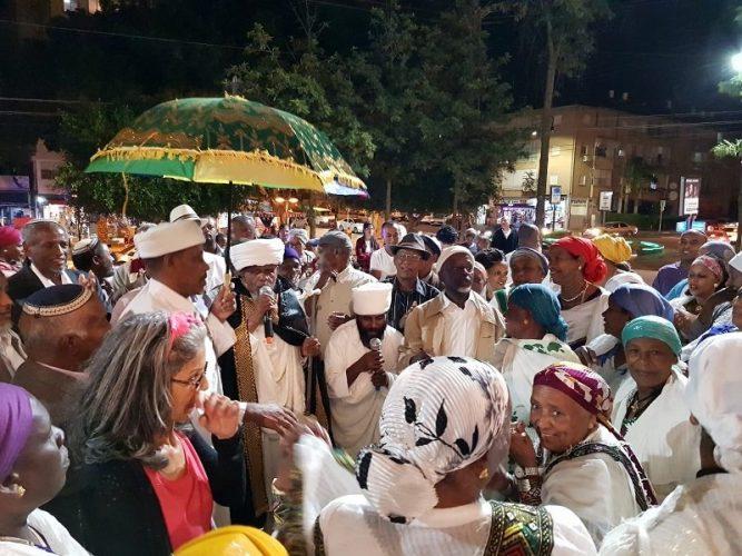 תהלוכה לכבוד חגיגות הסיגד ברחובות
