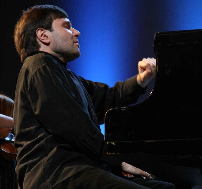 "אלכסנדר קורסנטיה (צילום: יח""צ)"
