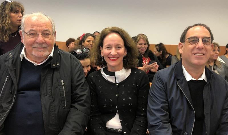 מימין: זהר בלום, השופטת אפרת פינק וראש העיר רחמים מלול