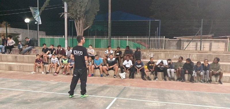 """בני הנוער עם המאמן תומר בן אור מעמותת """"חלוץ"""""""