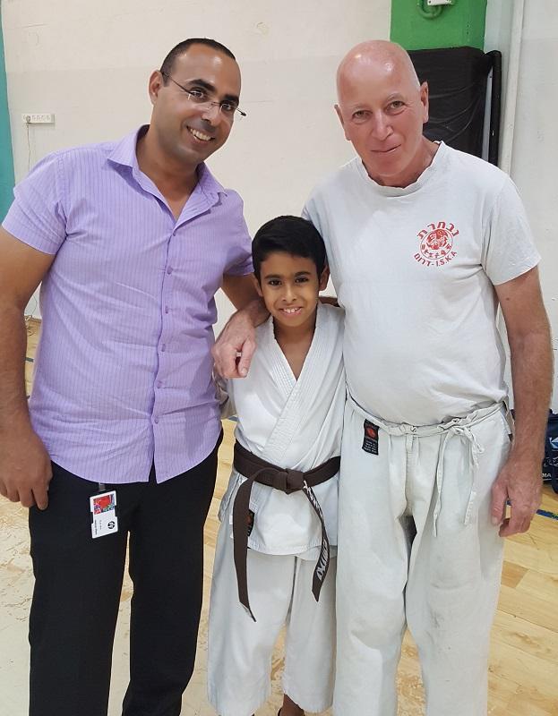 מיכה וולצ'יק עם נריה ימיני ובנו יהב ימיני, אלוף ישראל חמש שנים ברציפות