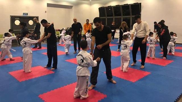 אימון הטאיקוון-דו ITF משותף להורים וילדים (צילום: רוני אבדר, רשת חוויות)