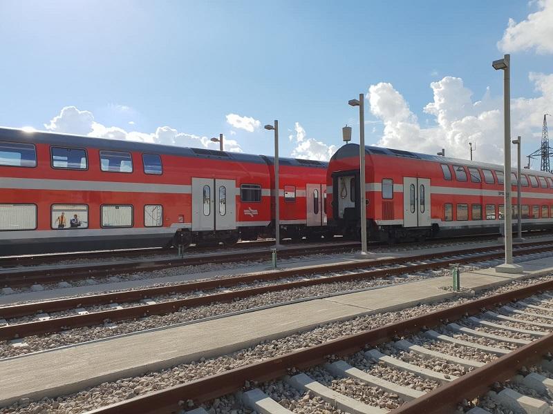 קרונות חדשים לפני יציאתם לשירות (צילום: דוברות רכבת ישראל, סיגל ספנות)