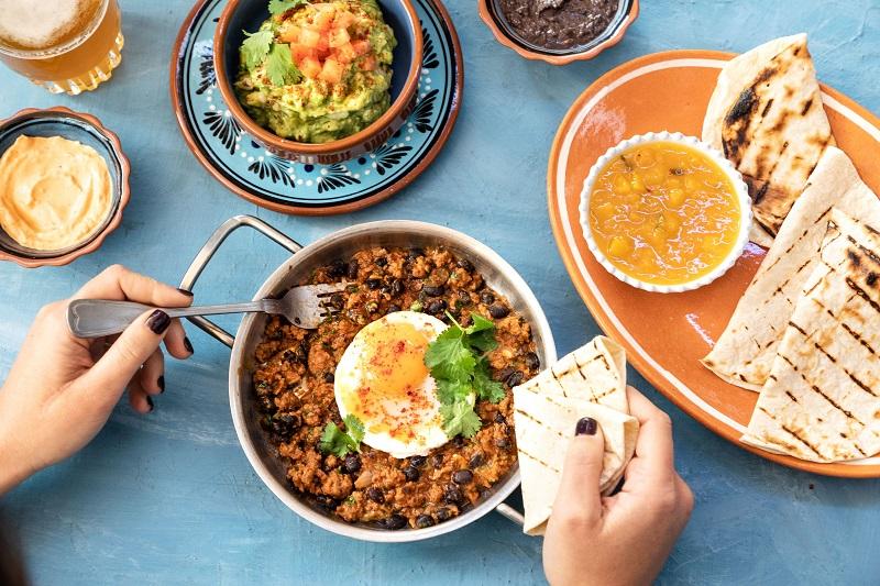 בוקר מקסיקני בבנדיקט (צילום: שרית גופן)