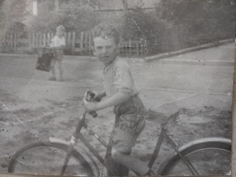 דני זיצרמן בילדותו