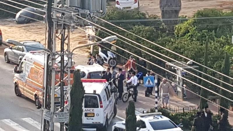 """זירת התאונה ברחוב ההגנה פינת הפלמ""""ח (צילום: צוות הצלה רחובות)"""