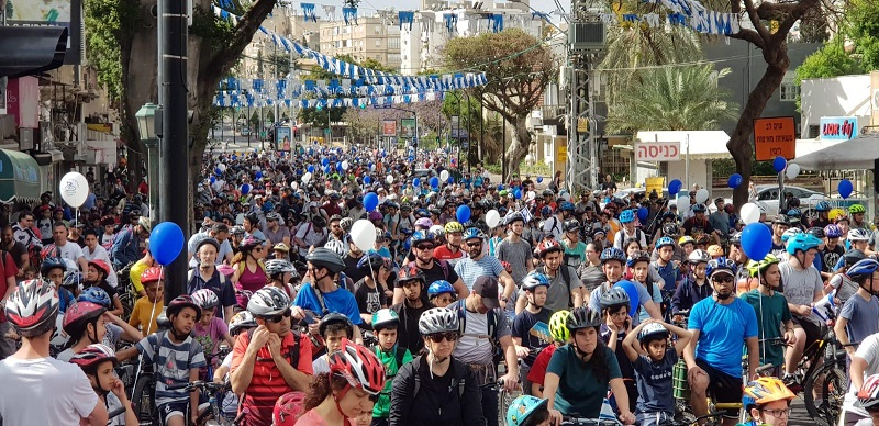 """הזנקת מסע האופניים """"רוכבים בעצמאות"""" ברחובות"""