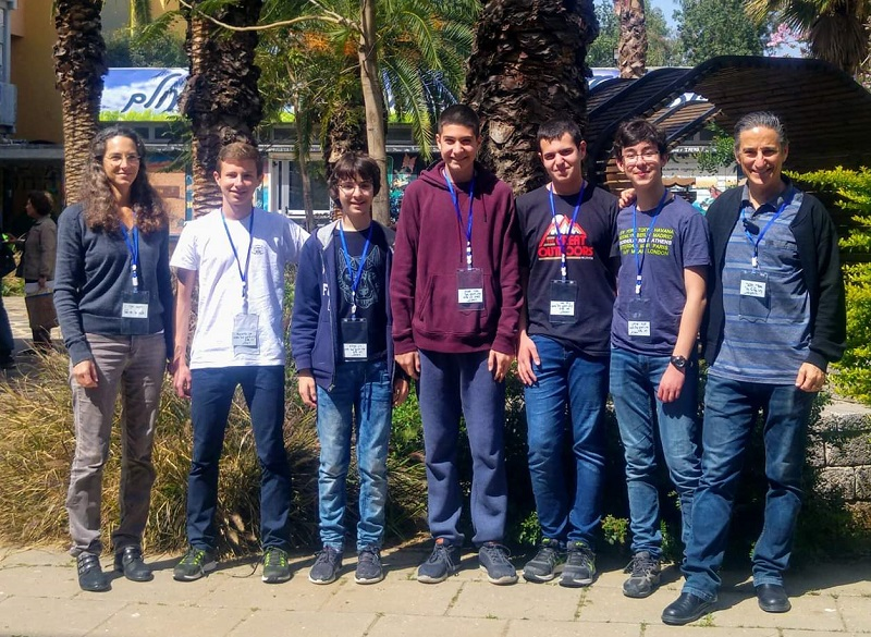 נבחרת הפיזיקה של חטיבה ב' בדה שליט