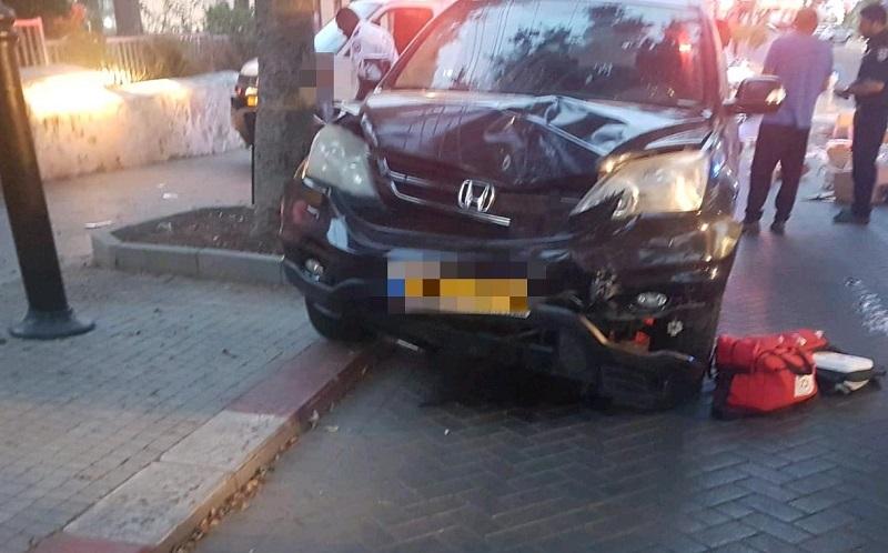 """זירת התאונה ברחוב אחד העם (צילום: דוברות מד""""א)"""