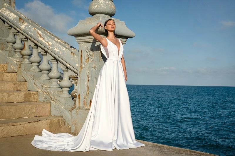 רוסלנה רודינה בשמלת כלה של שלומית אזרד (צילום: דביר כחלון)