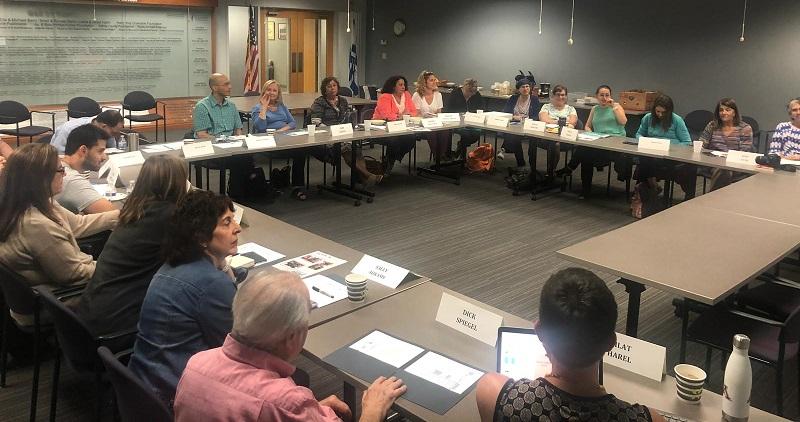 חברי הוועדה מרחובות בדיונים משותפים בארצות הברית