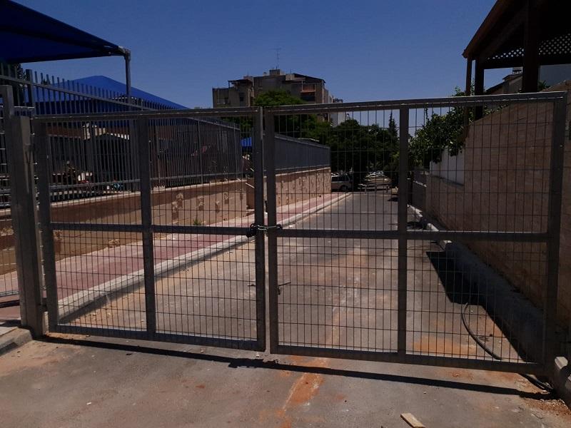 השער שחוסם את הכביש החדש ברחוב כובשי החרמון