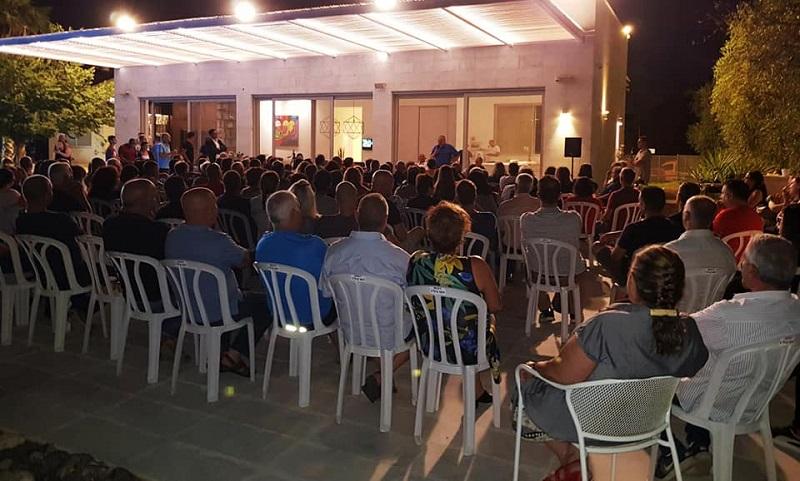 """מפגש עם חברי הכנסת אביגדור ליברמן ועודד פורר בביתו של עו""""ד אורן אבלה בכפר ביל""""ו"""