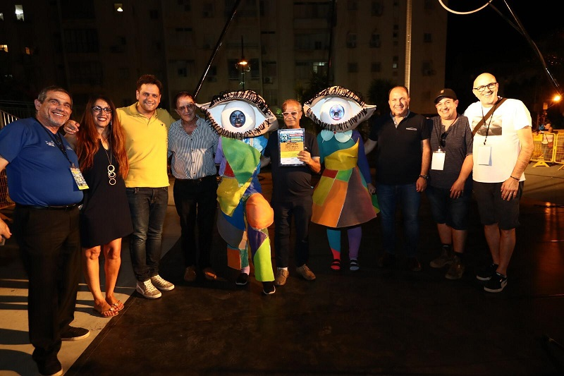 מקום ראשון בפסטיבל הפסלים הבינלאומי ה-10 ברחובות