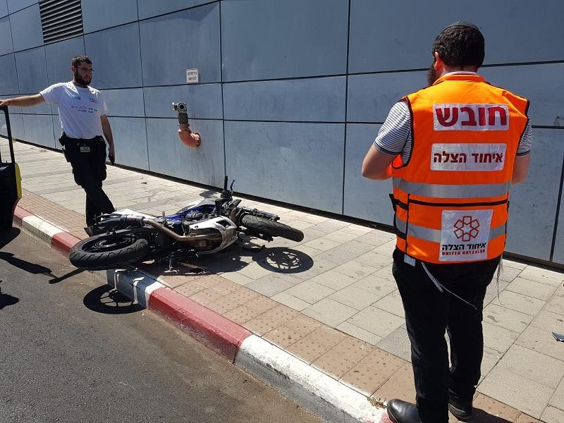זירת התאונה בסמוך לקניון רחובות
