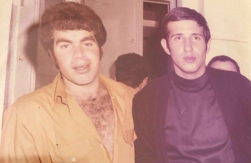 יורם ברגמן עם יגאל בשן בשנת 1980 (צילום: מתוך עמוד הפייסבוק של יורם ברגמן)