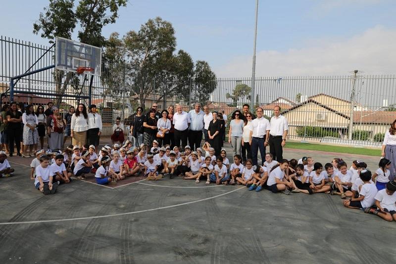 בכירי עיריית רחובות בבית הספר הממ״ד החדש