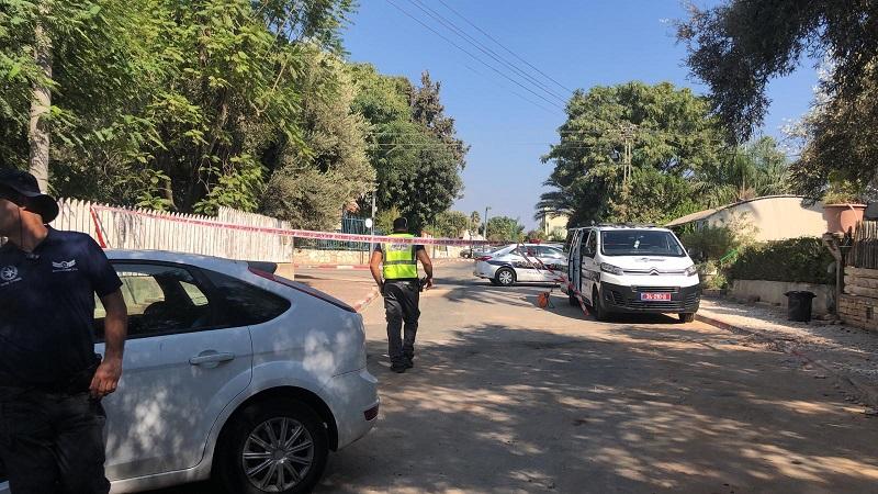 זירת התאונה במזכרת בתיה (צילום: דוברות המשטרה)