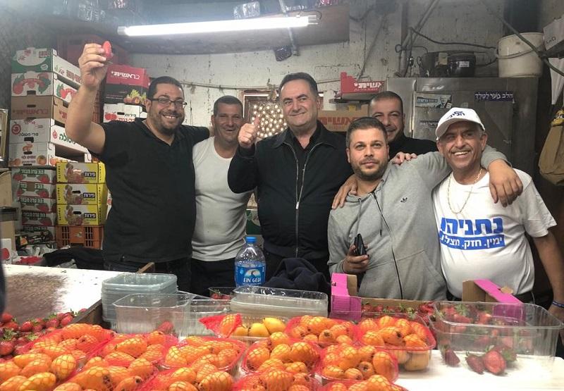 """ישראל כ""""ץ מגיע לסיור בשוק העירוני ובקניון רחובות"""