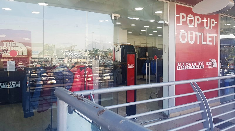 חנות פופ אפ חדשה בבילו סנטר (צילום: רותם לוי גלאם)