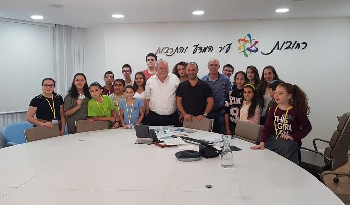 רחמים מלול, אסף אל-בר ואבי יוספי עם המנהיגים הצעירים