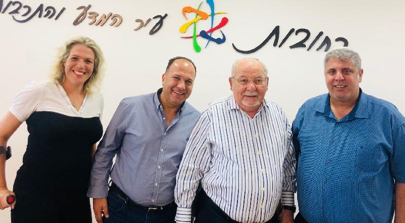 מימין: אמיתי כהן, רחמים מלול, איציק עובדיה וצופית גולן