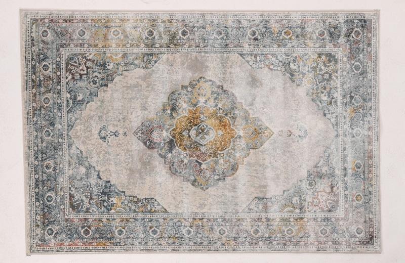 """שטיח מדגם סטאי ברשת כרמל פלור דיזיין (צילום: יח""""צ)"""