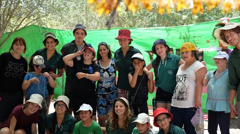 """קבוצה עבור צעירים עם מוגבלויות בתנועת הנוער נוע""""ם (צילום: התנועה המסורתית)"""