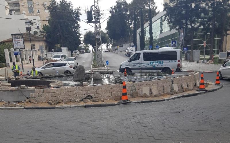 העבודות לשדרוג הכיכר בפינת הרחובות יעקב, מנוחה ונחלה וגרודיסקי ברחובות